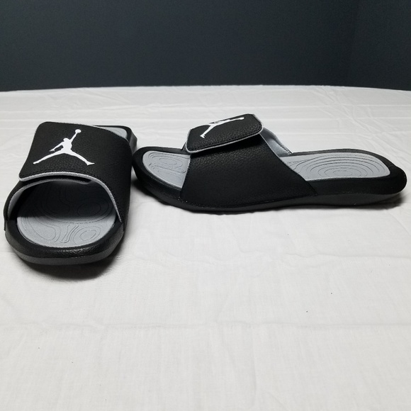 8a88dfe6342b46 Jordan Hydro 6 Mens Black and Gray Sandals Size 12.  M 5ae8c5295521beef13059d18